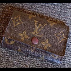 Louis Vuitton Multi-6 Key Holder